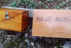 Kotak Amal Masjid Agung Arga Makmur dicuri