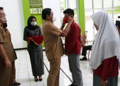 Mi'an Serahkan 24.592 Pcs Masker Ke MKKS SMA/SMK Untuk Pelajar