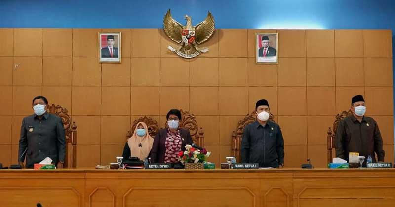 Unsur-pimpinan-paripurna-kata-akhir-fraksi-Raperda-RPJMD-Bengkulu-Utara