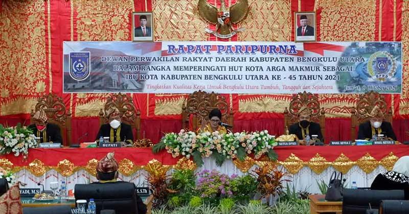 Unsur-pimpinan-Paripurna-Istimewa-HUT-Kota-Arga-Makmur